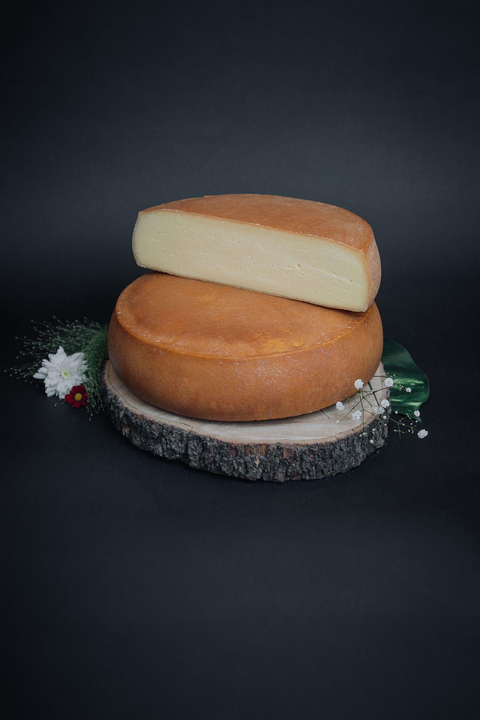 fromage raclette fum. Black Bedroom Furniture Sets. Home Design Ideas